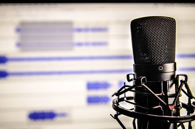 How To Create a Dental Podcast Complete Guide